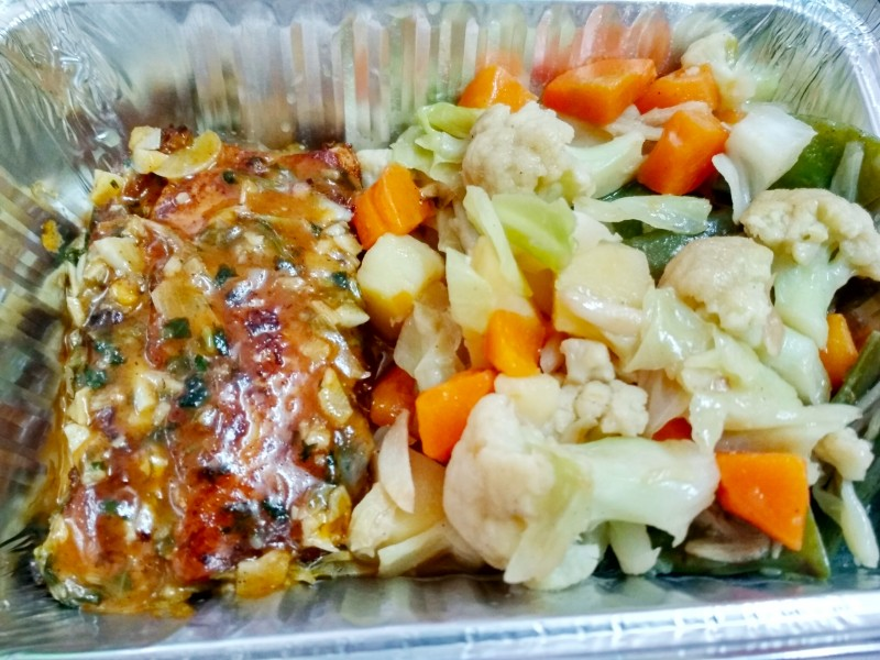 Sauteed Vegetables and Grilled Fish with Lemon Butter Sauce ( Diet food) from Nilima Rannaghor