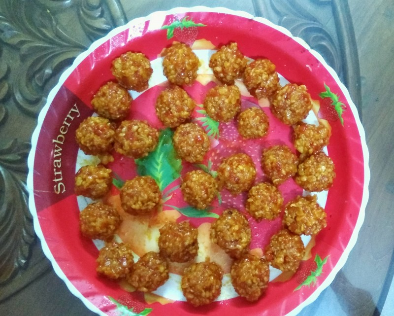 Bundia mawa laddu from Nuzhat's Dine