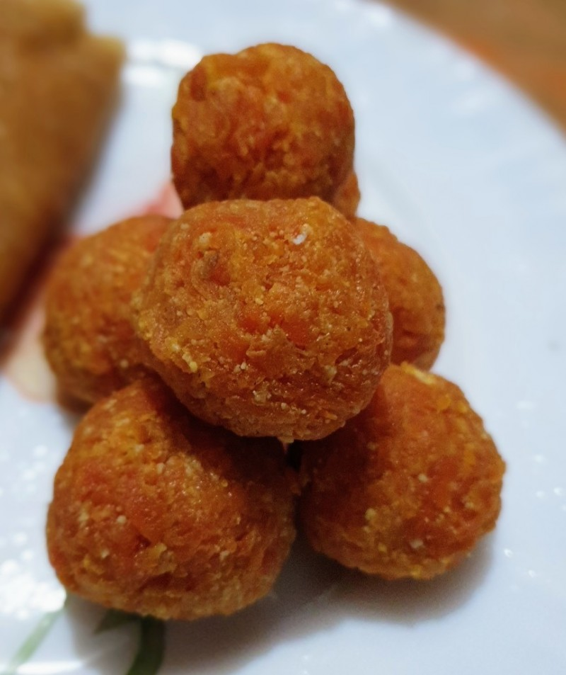 Gajar ka Laddu from Rosy's Recipe