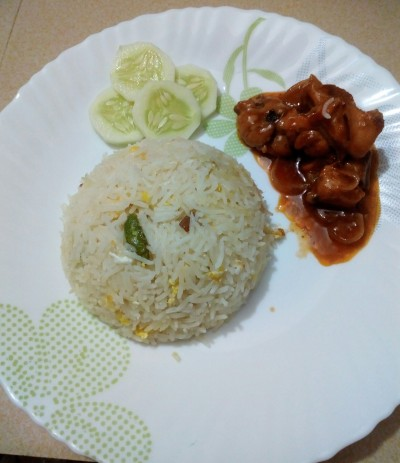Onion chicken with Egg Basmoti