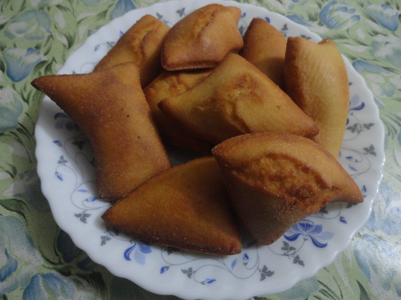 Dim Pitha from Mom's Dine