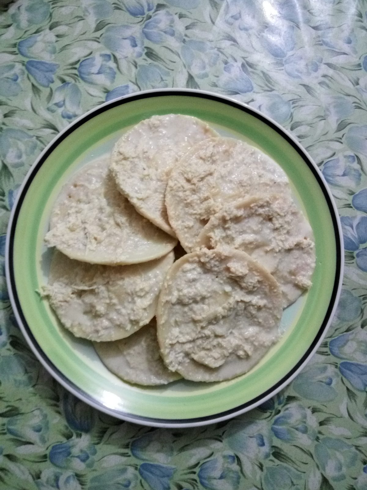 Dudh Chitoi Pitha from Mom's Dine