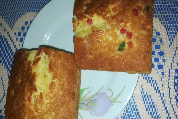 Plain cake/ Dry mixed fruit cake from Arisha's Kitchen