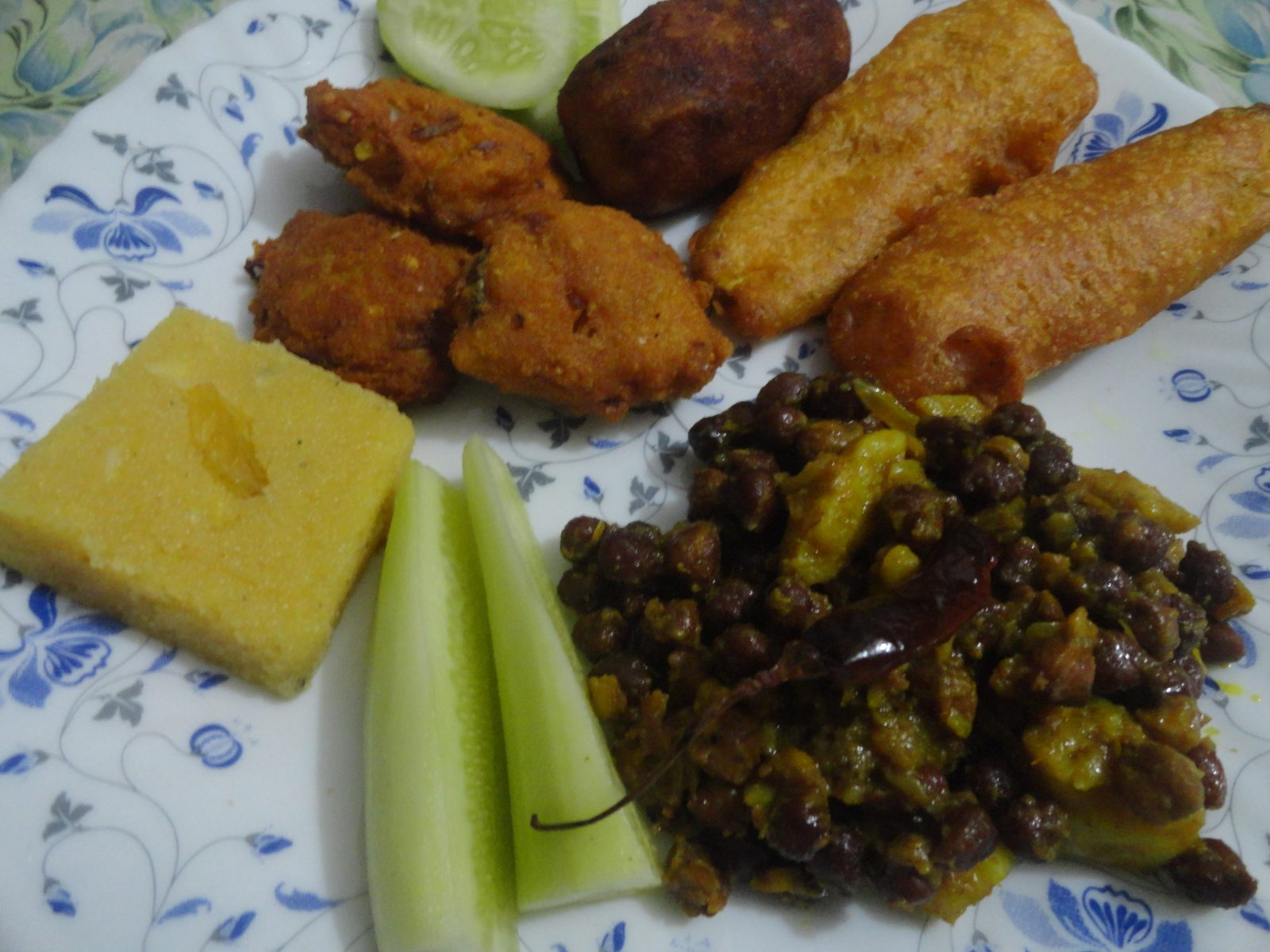 Iftar Pack- 2 from Mom's Dine