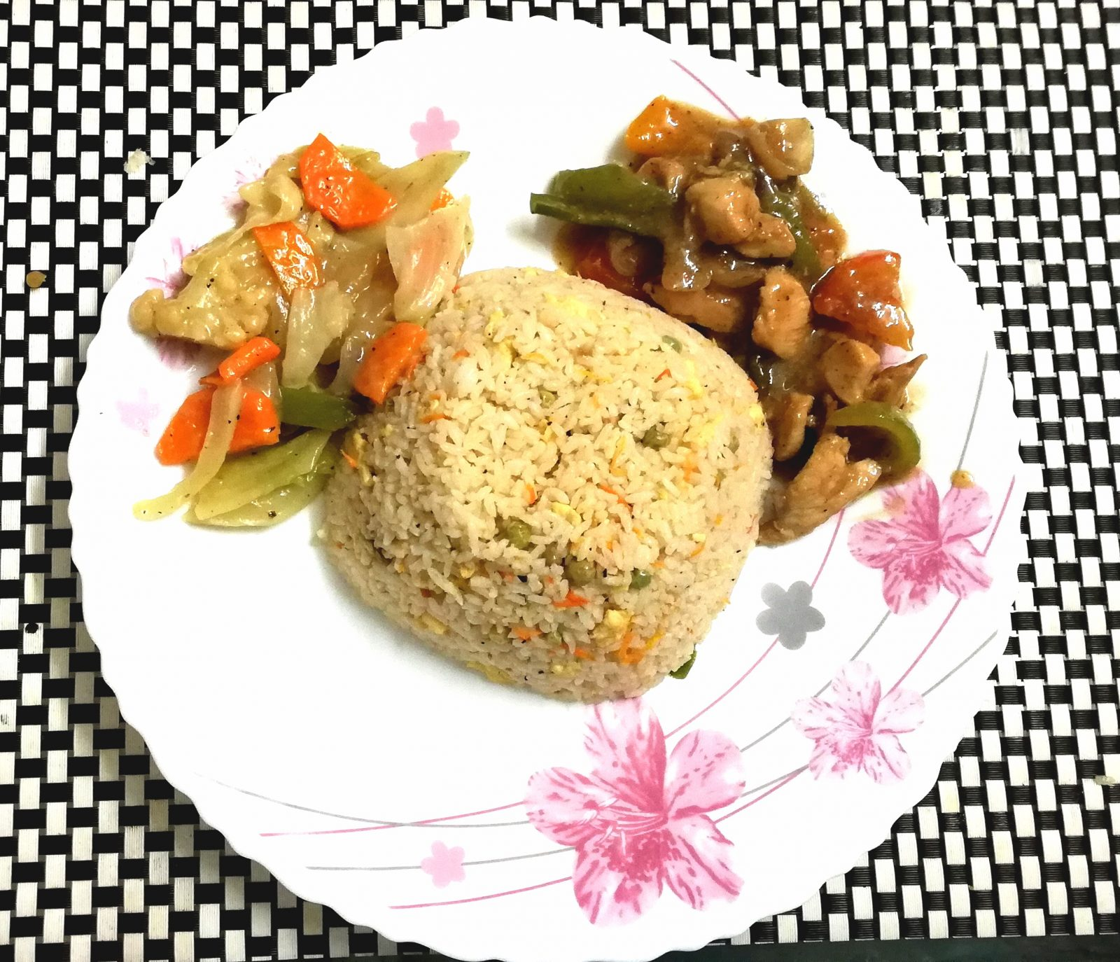 Fried rice+Chinese veg+Chicken gravy from Shelley's Kitchen