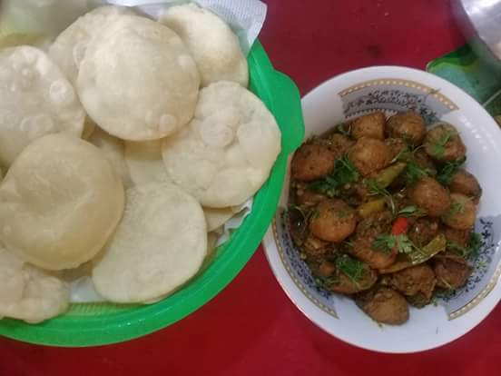 Luchi Alur Dom (10 pieces) from Food Haven