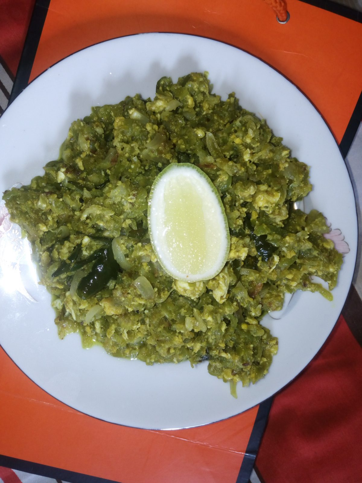 Chichinga with Eggs Curry