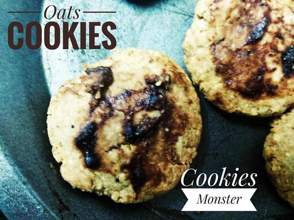 Crunchy Oatmeal Cookies from Cookies Monster & Co