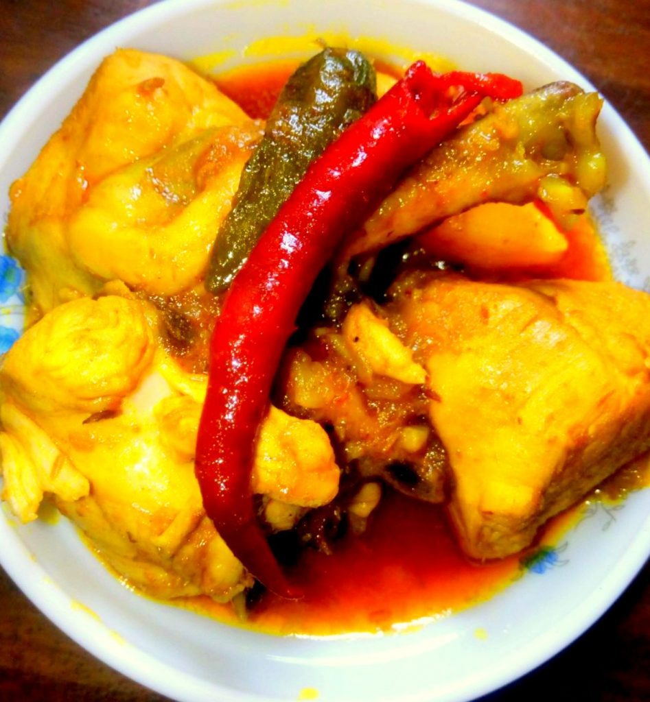 Farm Chicken Curry 3pcs from Naher Kitchen