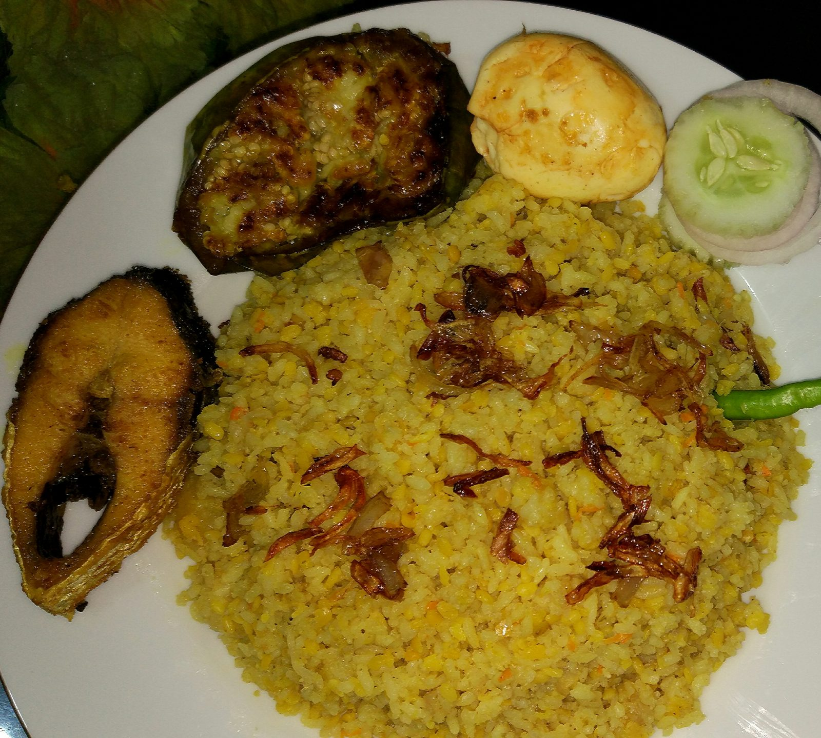 Vuna Khicuri and ILish Vaja Special from Tahira's Cookhouse