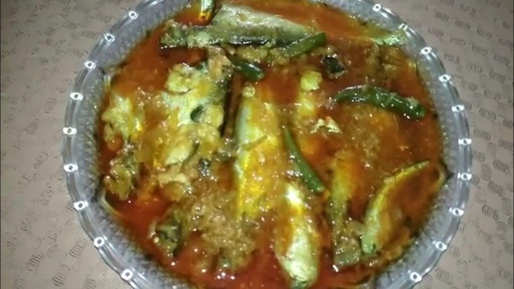 Pabda Mach er Jhol from Dipti's Cookhouse