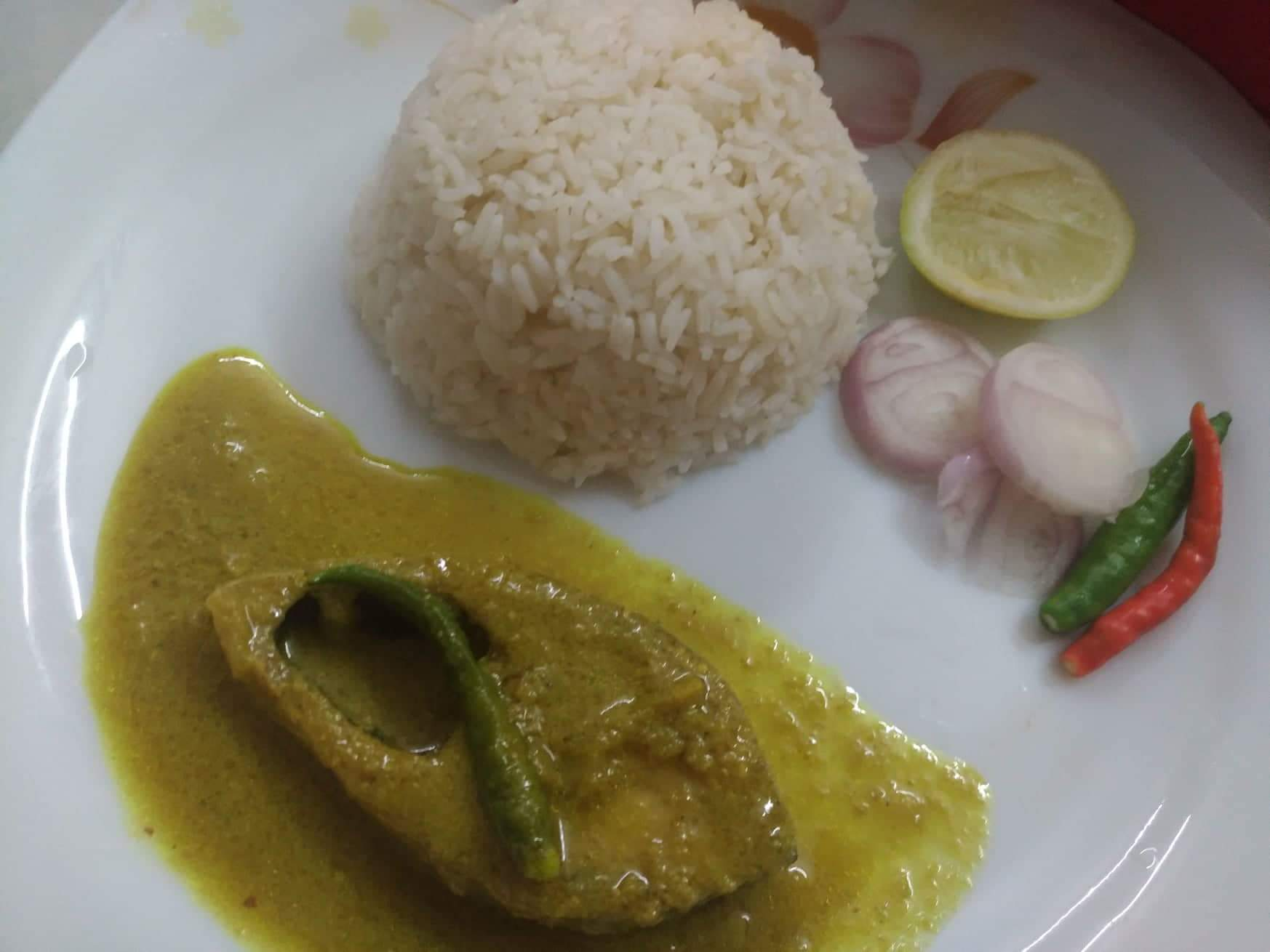 Sada Vaat with Sorshe Ilish from Mohima's Kitchen