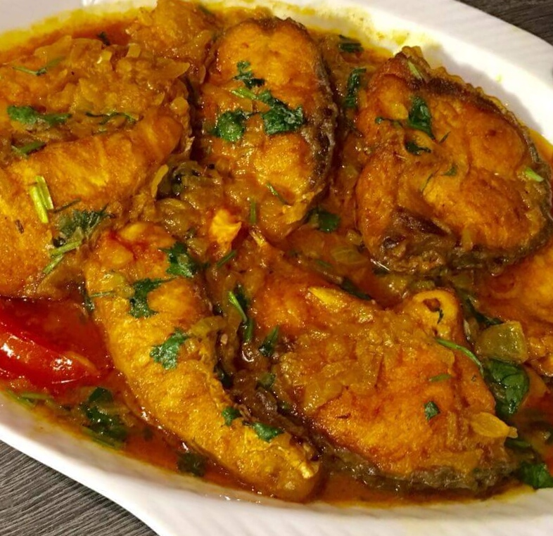 Rui Fish curry from Cooking Maestro
