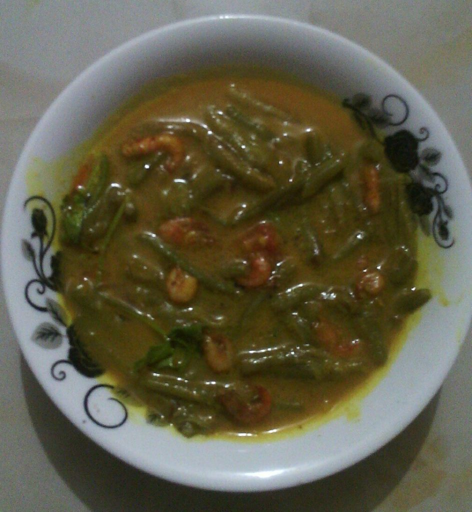 Small Chingri with Loti from My Heshel