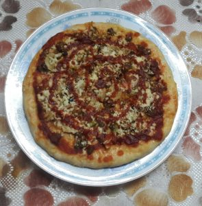 Chicken Cheese Pizza from Lipi's Kitchen