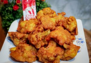 Cauliflower Pakora from Ratna's Kitchen