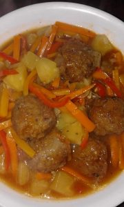 Meat Ball Curry with Vegetable