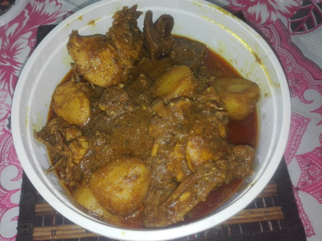Chicken Vuna with Potato from Nasrin's Kitchen