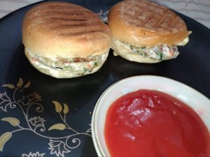 Chicken Burger from Mohima's Kitchen