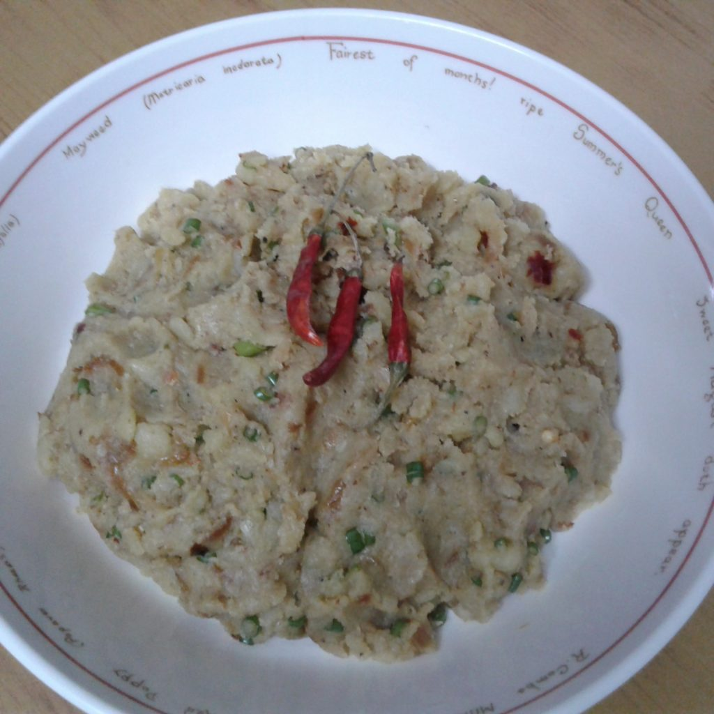 Potato Smash (Chotpota Alu Vorta) from Munmun's kitchen