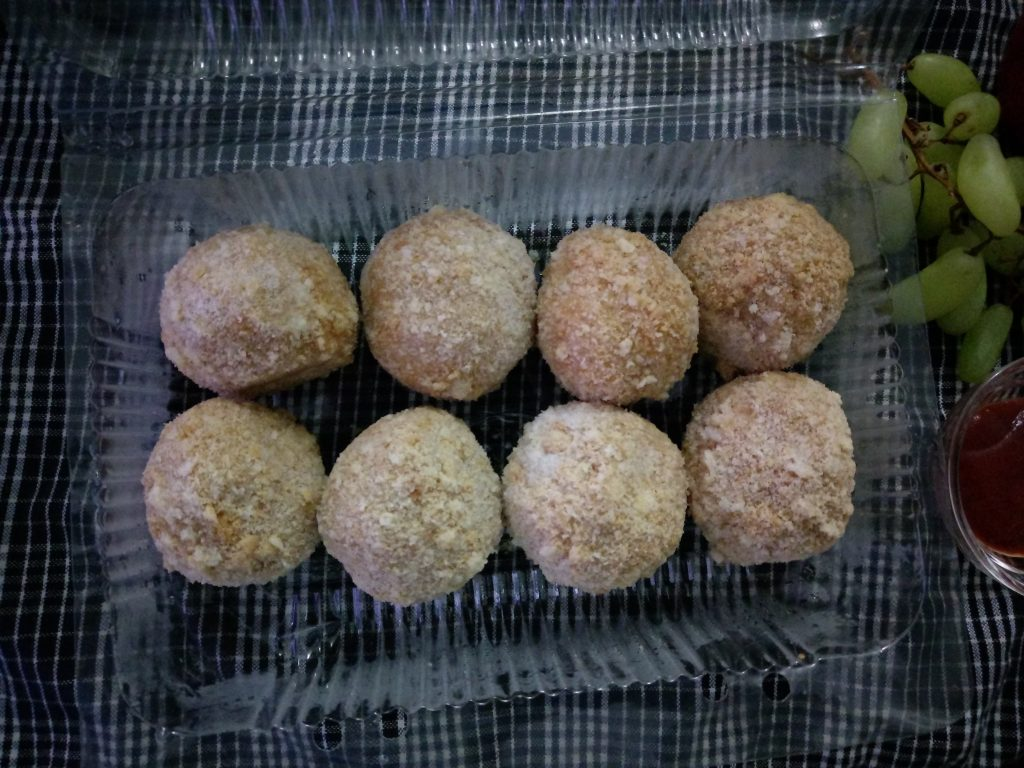 Chicken Cheese Ball from Sahiyy Kitchen