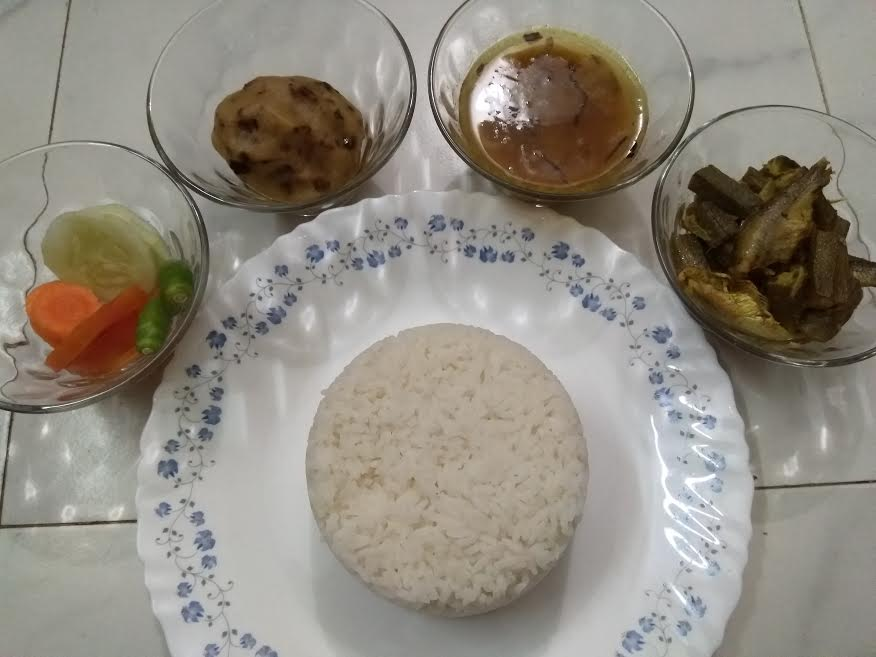 Vat+Alu Vorta+Choto Macher Chorchori+Daal from Kory's Recipe
